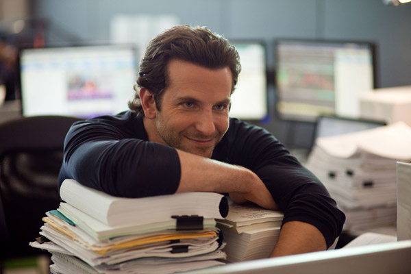 """Limitless"""" wins, inaccurately describes box office   Movie Muse"""