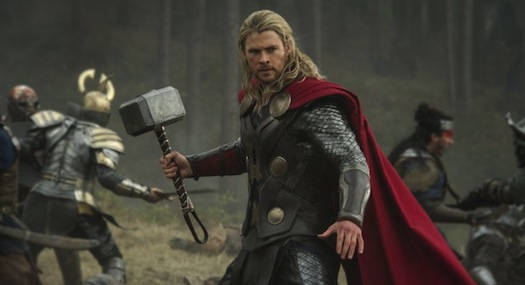 thor-the-dark-world-hemsworth-525