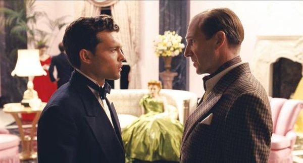 Hail-Caesar-Fiennes-Ehrenreich